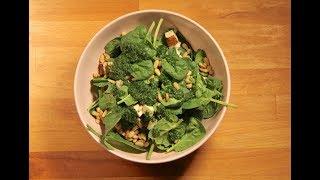 Веганский салат с копченым тофу