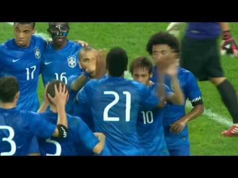 Neymar makes 3 goals - Brazil 5 x 0 South Africa (Friendly)