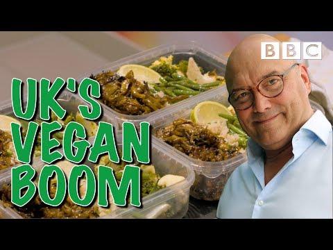 How supermarkets invent vegan meals | Supermarket Secrets - BBC