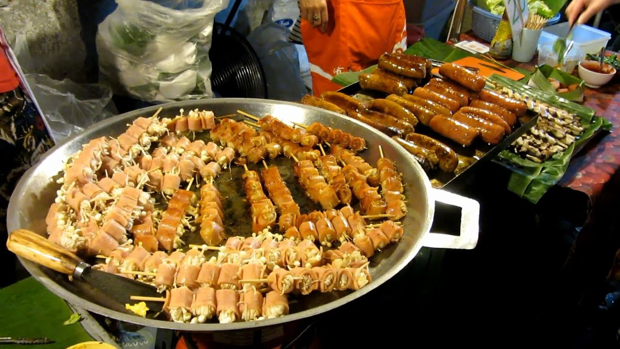 Best Food Sunday Night Market Chiang Mai