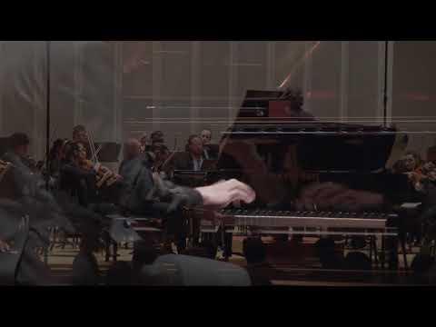8   Julián Pujols Quall, piano   Beethoven, L  van  Concerto No  3 in C Minor, Op  37, Mvt  3