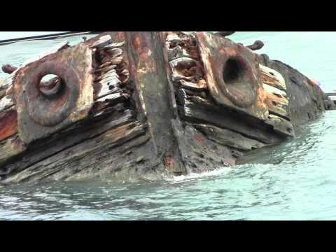 BERMUDA CRUISE: STILL IN THE WATER, 1896 SHIP WRECK UPCLOSE AND PERSONAL