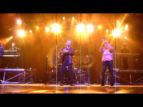 Chicago -Call on Me featuring Lou and the Horn Section