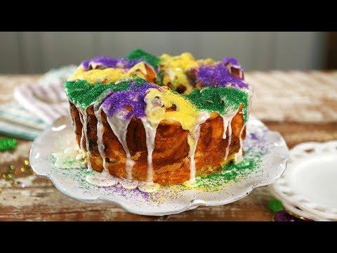 King Cake Monkey Bread | Southern Living