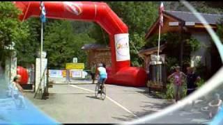 Montée de l'Alpe d'Huez : comité olympique hollandais ( départ : Camping La Cascade )
