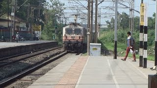 INDIAN RAILWAYS MUSIC MANIA : NDLS DURONTO + SWARAJ + TVC RAJDHANI : Aata Majhi Satakli Style !!!