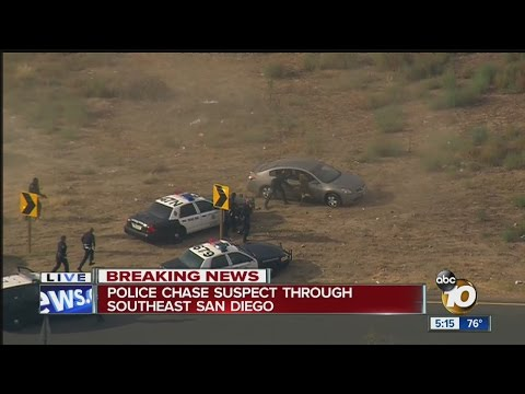 Police chase suspect through San Diego