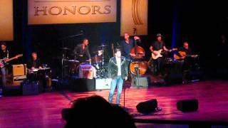 Chris Young Gives Tribute to George Jones
