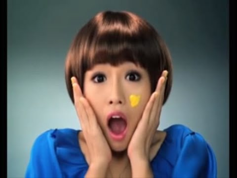 Sharp AQUOS Quattron LED 'Stunned Girl' Commercial TVC