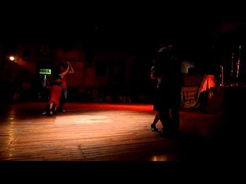 Tango . práctica en La Catedral