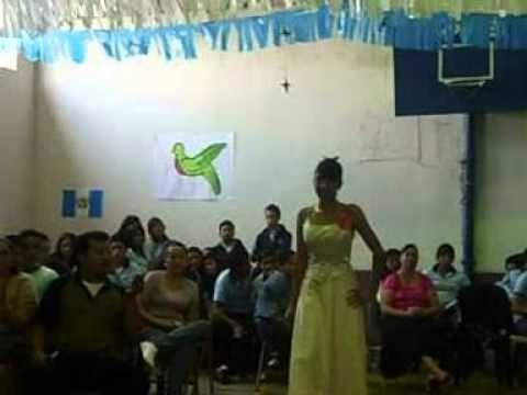 Gala desfile de candidatas colegio jardin del eden youtube for Colegio jardin de africa
