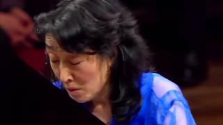 Mitsuko Uchida - Bach French Suite - Sarabande
