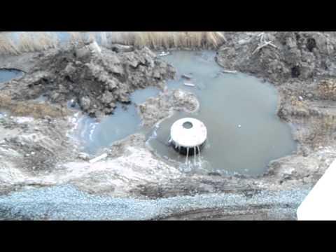 Течь канализации по окнами нашего дома г. Курган. Жилой комплекс СНЕГИРИиз YouTube · С высокой четкостью · Длительность: 49 с  · Просмотров: 392 · отправлено: 29.03.2014 · кем отправлено: Анастасия Климантова