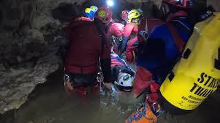 日本ケイビング連盟:全国合同レスキュー訓練(横穴洞窟)
