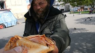Feeding the homeless without budget