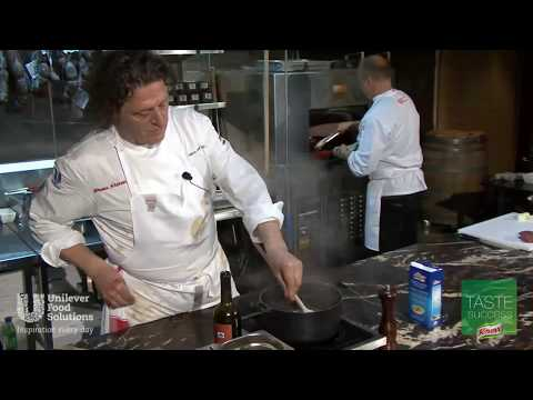 Marco Pierre White's Pepper Steak with KNORR Beef Booster