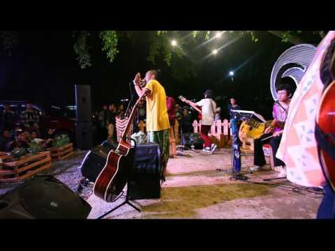Fourtwnty - Diam diam ku bawa 1 (Live in Banjarbaru)