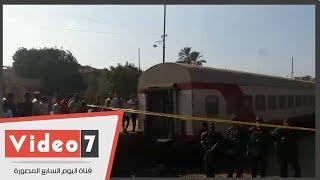 القطات الأولى من حادث انقلاب قطار البدرشين في الجيزة