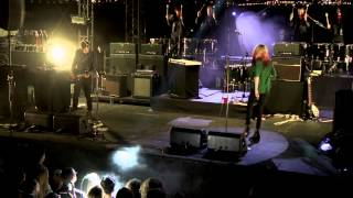 "The Kills perform ""Pots and Pans"" at Converse City Carnage NYC"