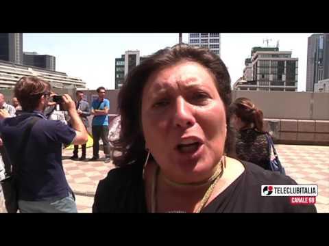Incendi in Campania, presidio permanente M5S alla Regione: le interviste