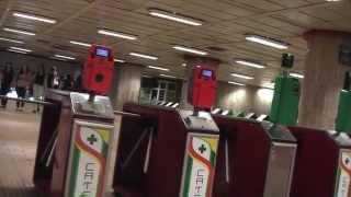 РУМЫНИЯ Заходим в метро в Бухаресте... Metro In Bucharest Romania
