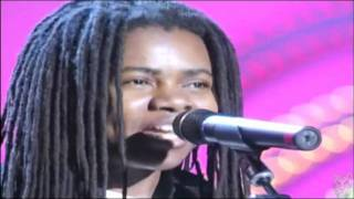 TRACY CHAPMAN.....TELLING STORIES