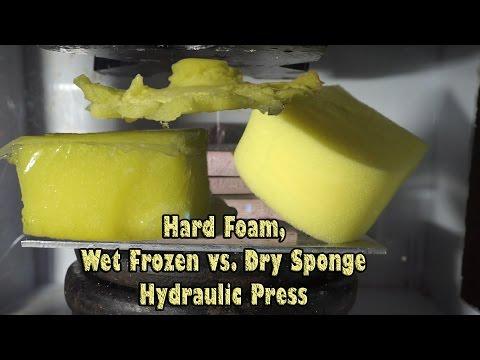 Wet Frozen Sponge vs. Dry Sponge|Crushing Foams in Hydraulic Press