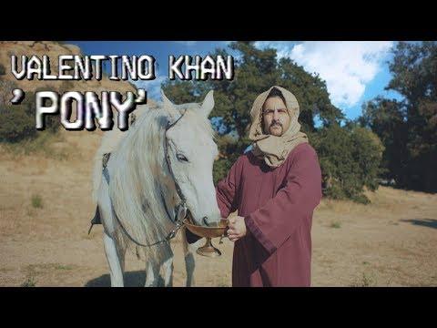 Смотреть клип Valentino Khan - Pony