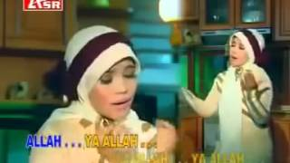 Video Sholatun Bissalamil Mubin -  Sulis download MP3, 3GP, MP4, WEBM, AVI, FLV November 2018