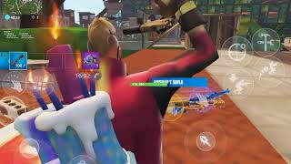 Fighting a invisible hacker in Fortnite playground lol (report TLT Pāpara)