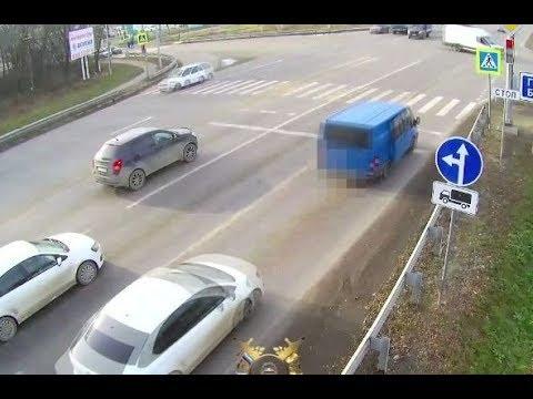 В Минводах сразу пять водителей проехали на красный сигнал светофора