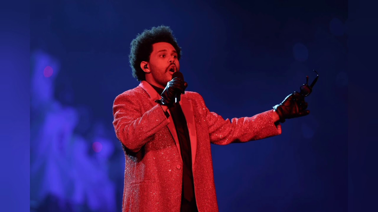 The Weeknd delivers a charismatic Super Bowl halftime show, but ...