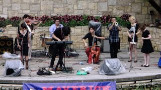 Deer Vibes  Not guessing 2015 04 11 Arneson River Theatre Mav Fest