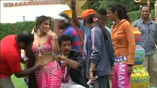 Vidya balan deep navel cleaned by lucky guy actress hot unseen
