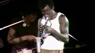 Miles Davis - Miles Runs the Voodoo Down - 8/18/1970 - Tanglewood (Official)