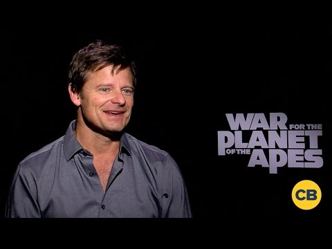 Steve Zahn Talks War for the Planet of the Apes