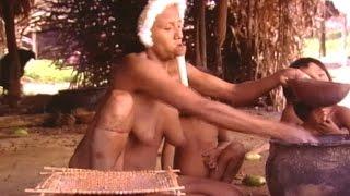 Repeat youtube video Aislados: Tribu Zo'é (Parte 2) /  Isolated: The Zo'é tribe (part 2)
