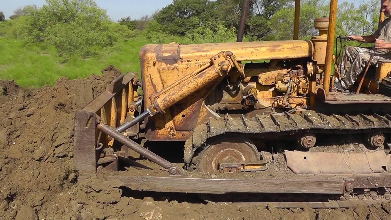 CAT D6 Pushing Dirt