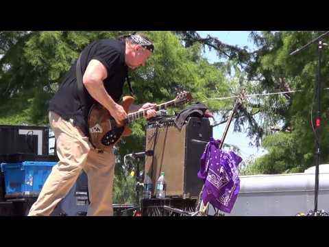 Bluesman Tom Larsen Hittin Tha Sweet Spot