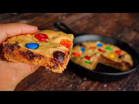 m&m-air-fryer-protein-cookie-skillet-recipe-|-only-100-calories-per-slice!