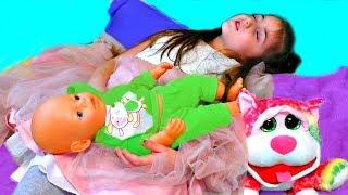 Masha Play Babysitting Cry Baby Dolls
