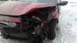 В ДТП на Кумысной поляне пострадали три человека