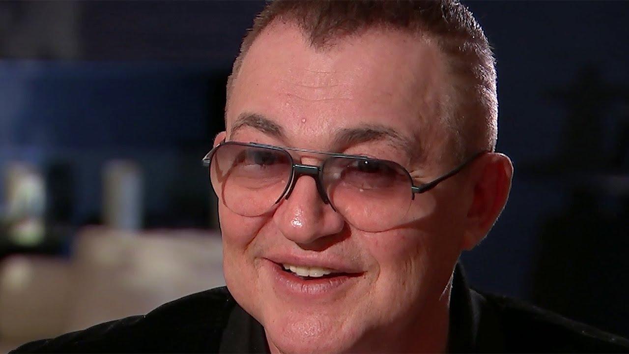 Легендарный телеведущий Дмитрий Дибров отмечает 60-летие.