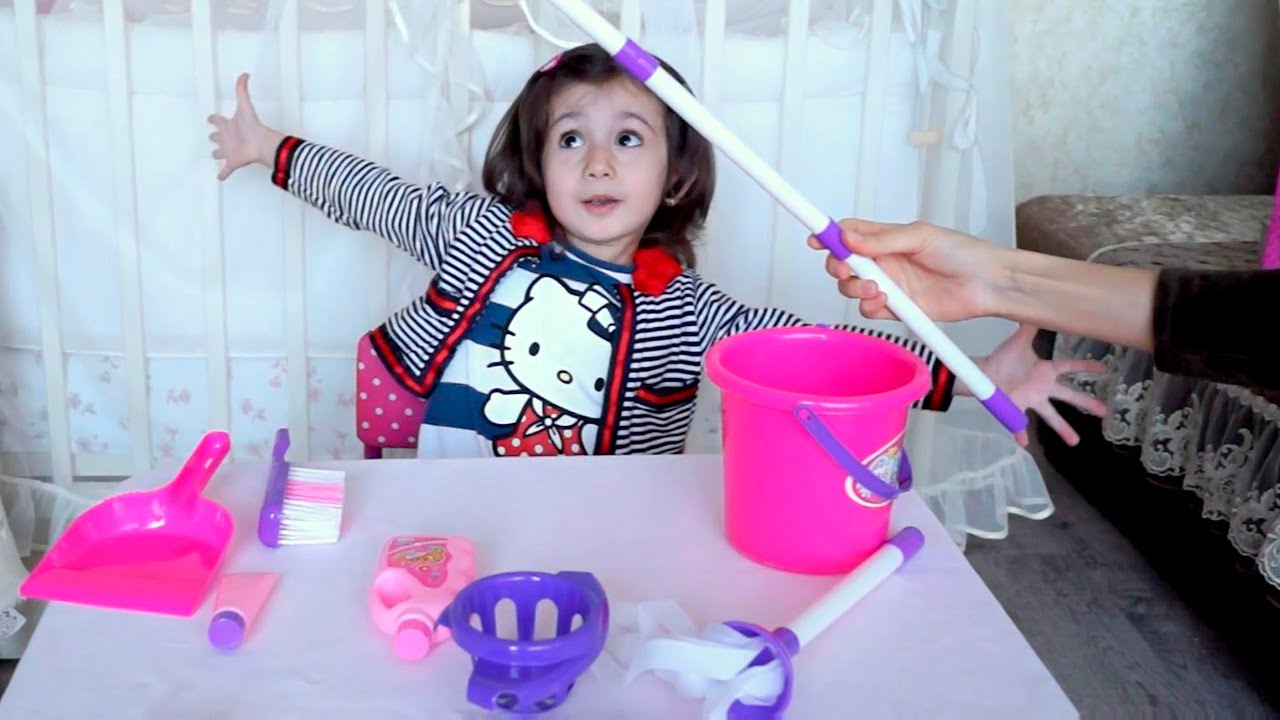 6 апр 2013. 12079 набор для уборки детский faro в наборе: швабра: ведро для швабры; щёка; салфетка; пластмассовая корзина с крышкой. Размер упаковки: 20 х 16 х.