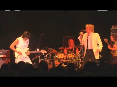 Rod Stewart & Jeff Beck - I Ain't Superstitious