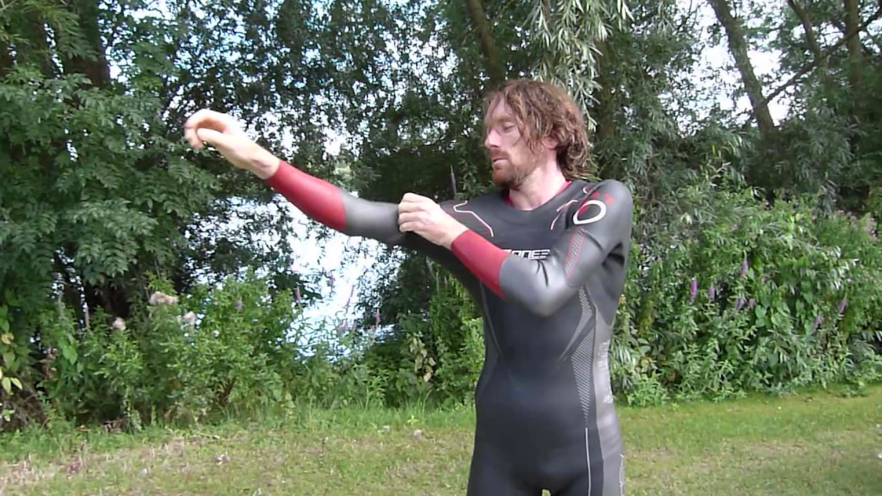 d23ebee19f3 Swim Tips  Putting on your wetsuit - YouTube