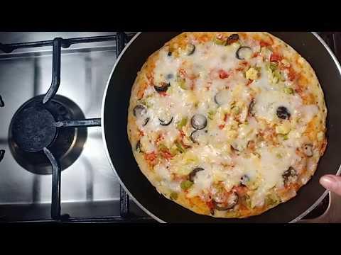 صورة  طريقة عمل البيتزا بيتزا فى ٥دقايق👌 بدون عجن بدون فرن//البيتزا السائله فالمقلاه اسهل والذ عشا هتعمليه لزوجك واولادك🍕 طريقة عمل البيتزا من يوتيوب