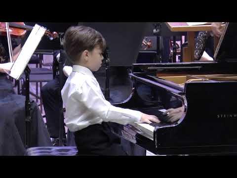 Даниил Абросимов (7 лет), Бах Бранденбургский концерт №5 (1 часть)