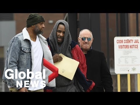 R. Kelly's lawyer speaks to reporters after artist leaves jail after posting bail