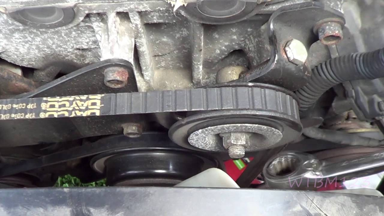 Nissan frontier Belt squeal - YouTube